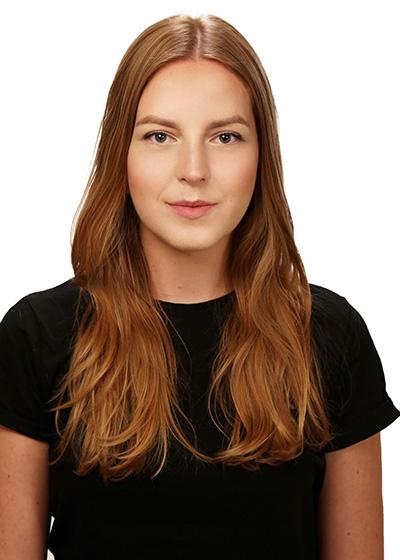portret Karolina Kobyłka